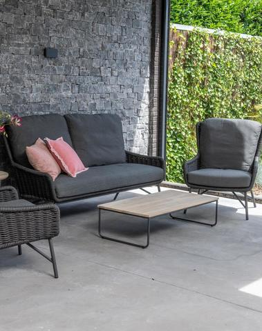 Wing Lounge met koffietafel