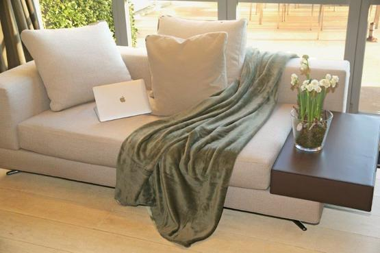 Plaid Microfibre Grand Luxe 180*220 Olive € 18,95