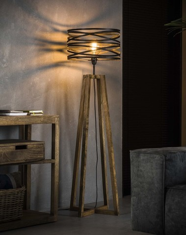 Vloerlamp twist houten kruisframe.