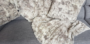 Mega Meubel BVBA - Textiel